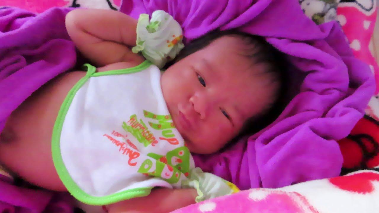 Mony Reach Wake Up So Lovely - Cute Baby Video