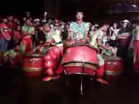 Trung Thu Huế 2013 - Đoàn lân sư rồng Bạch Ngọc Đường ( 0909309446 ) Trống Hội