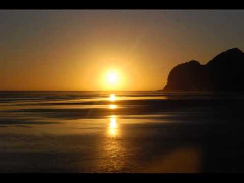 Sunset @ Bethells Beach (Auckland NZ).