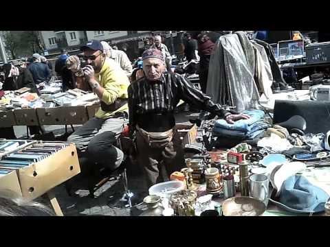 Berlin Trödelmarkt Flohmarkt JFK platz. Apr 9 2016