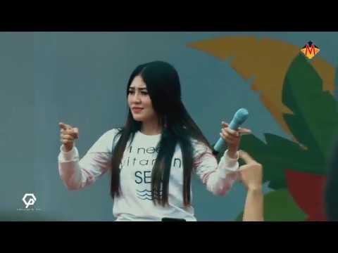 VIA VALLEN - KIMCIL KEPOLEN (LIVE FAMILY DAY PT TOYOTA INDONESIA)