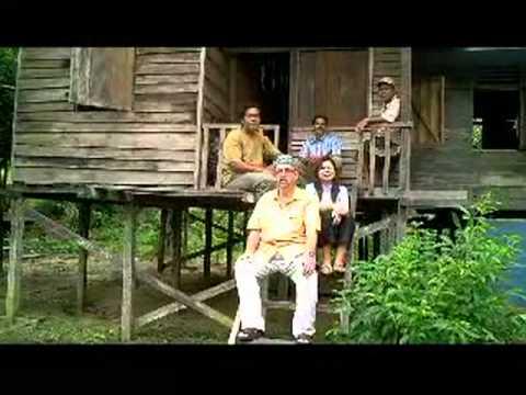 "Bagaimana untuk menikah wanita Dayak di hutan - Darrel Stott ""How to ..."