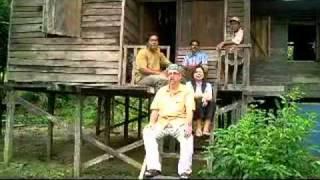 Bagaimana untuk menikah wanita Dayak di hutan Darrel Stott How to marry Dyak lady