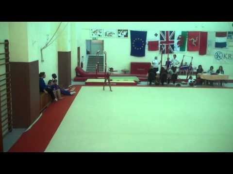 rachel fraser doing gymnastics
