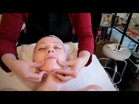 Organic Facial Treatment by Flare Wellness