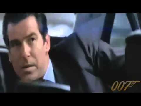 Clip điệp viên 007 sử dụng Ericsson JB988.