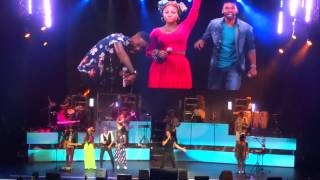 Carlos Vives ft ChocQuibTown - El Mar de Sus Ojos Live from Gran Rex HD