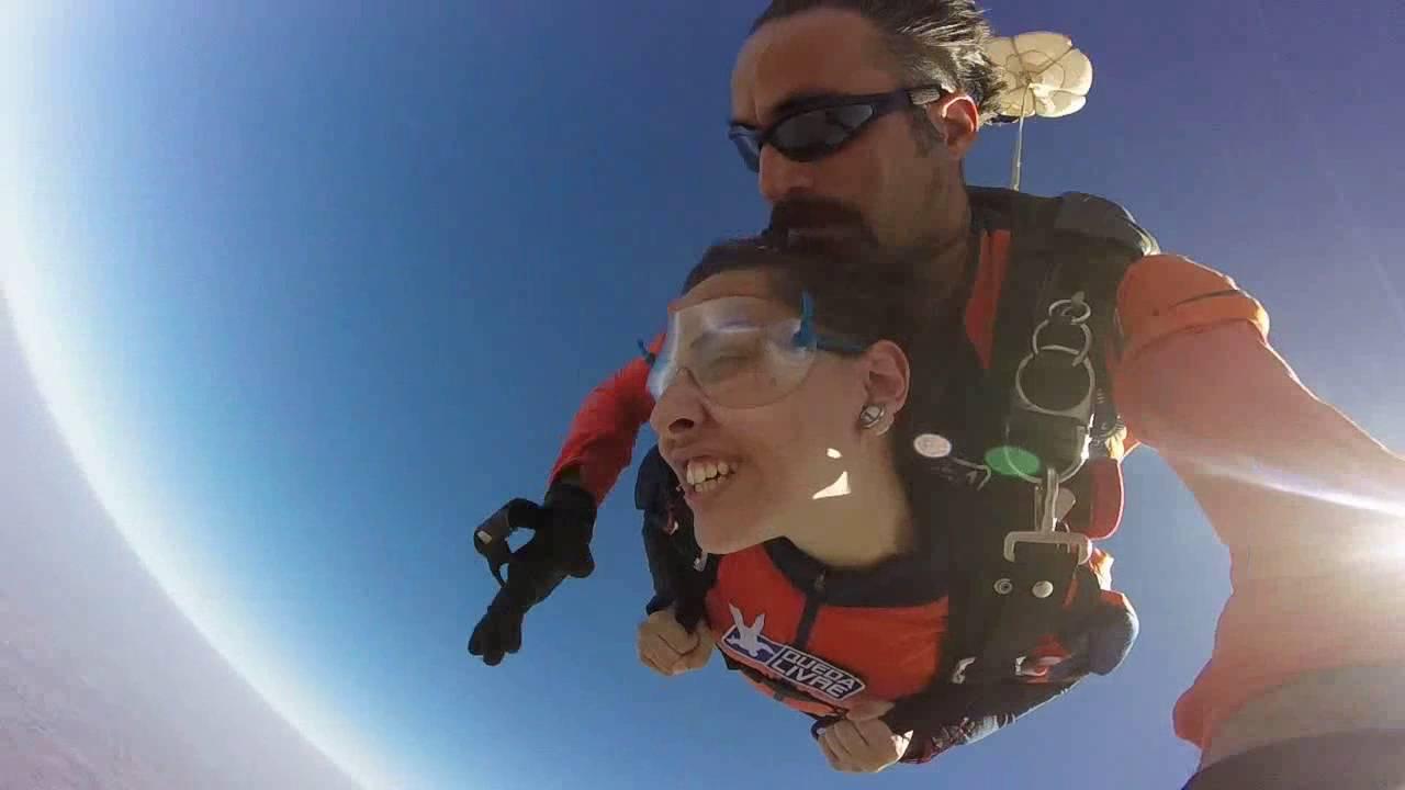 Salto de Paraqueda da Vitoria P na Queda Livre Paraquedismo 31 07 2016