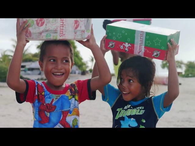Graham Family Brings Shoebox Gifts to Kiribati