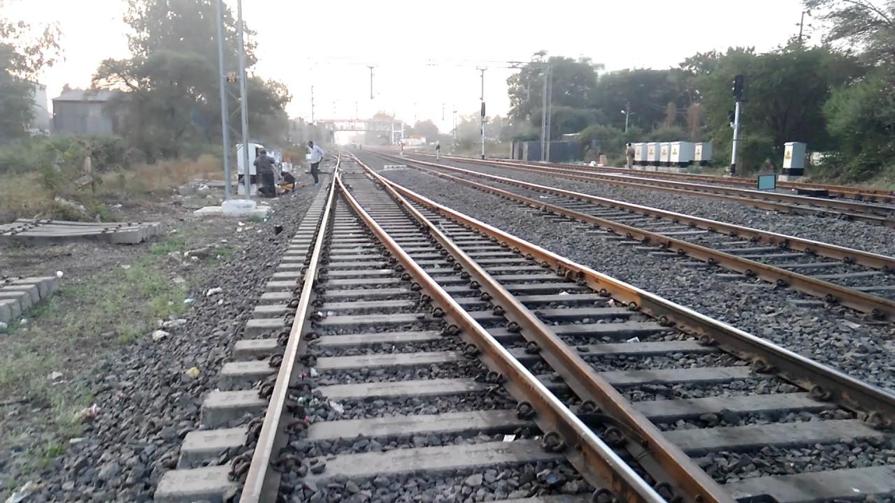 11077 Pune Jummutawi Jhelum express