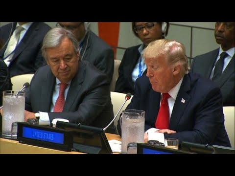 """Trump debuta en la ONU criticando su """"burocracia"""""""