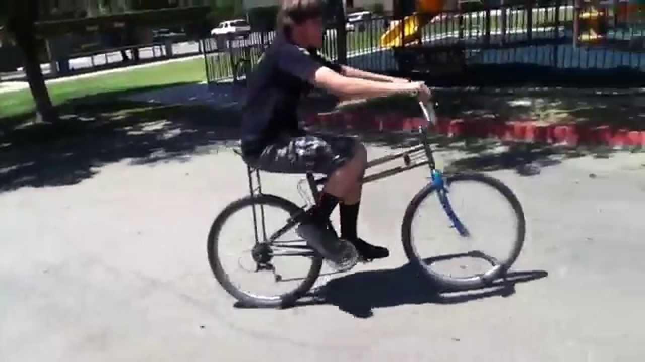 e6e61b9c255 Oreca riding swivel bike - YouTube