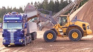 Great Sound New Volvo L220H Wheelloader Loading Scania R620 V8 Truck