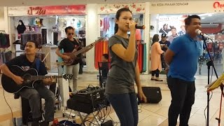 Bara Bere-nurul Feat Redeem Buskers Cover Siti Badriah
