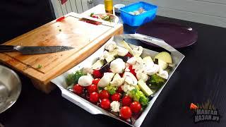 Курица с овощами на вертеле в газовом гриль Napoleon Legend-410 с перфорированным противнем