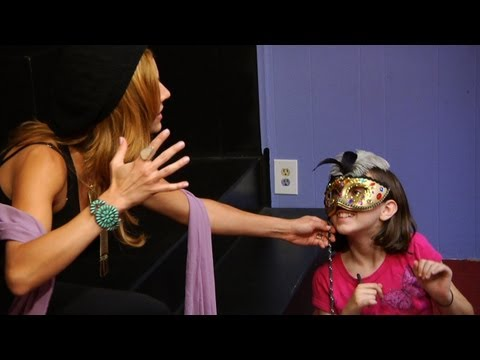 Lovin' Lakin - Part 1: Lakin Teaches an Acting Class
