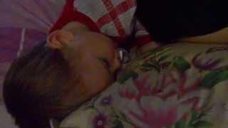 как проводят вечера и засыпают дети 29.12.14г.(вот что делают по вечерам дети перед сном! Муж жена и два детя вот такая вот семья моя NAN Groop на YouTube Круглосут..., 2014-12-31T07:23:36.000Z)