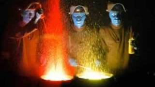 Blue Man Group (Blue Da Ba Dee)