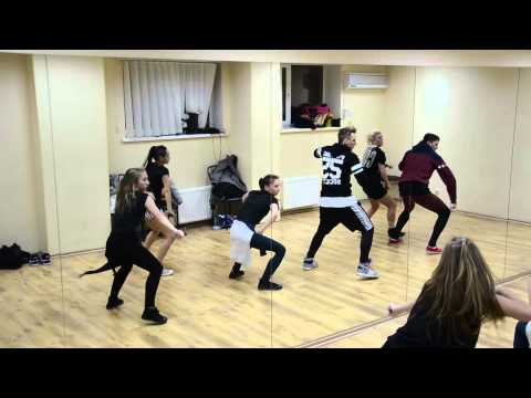 Lil Wayne – welcome to the zoo  Choreography by De