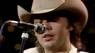 """Dwight Yoakam - """"What I Don't Know"""" [Live from Austin, TX]"""