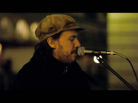 No Woman No Cry - Rob sings in Covent Garden