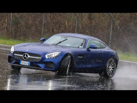 Mercedes-AMG GT | E vi sembrerà di guidare un  drago !