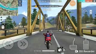 Thử xe moto trong Free Fire