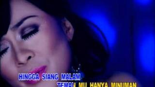 Video Widi Natasya - Sebotol Minuman download MP3, 3GP, MP4, WEBM, AVI, FLV Oktober 2017