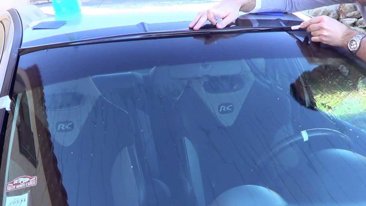 Stick auto pose d 39 un bandeau pare soleil youtube for Pose d un pare vapeur
