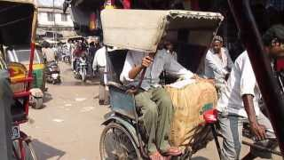 India: Two Minutes on a cycle rickshaw
