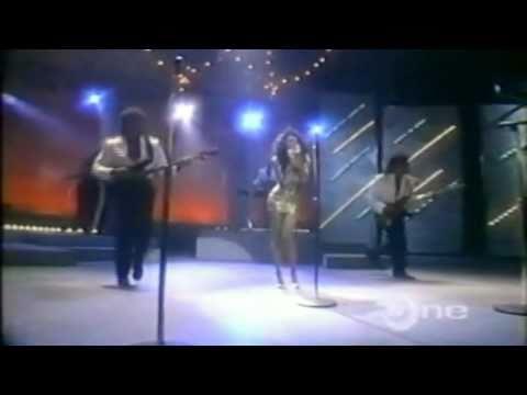 Karyn White-The Way You Love Me(Live Apollo Theatre 1988)