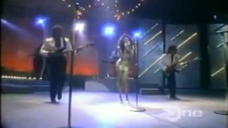 Karyn White-The Way You Love Me(Live Apollo Theatre 1988)