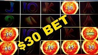 High Limit Ultimate Fire Link Slot Machine $10 & $30 Bet Bonuses | 🔓PIGGY BANKIN Slot Machine Bonus