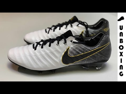 low priced 2c0a4 d0c55 Nike Tiempo Legend 7 Elite FG - White/Black