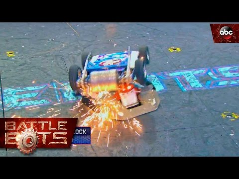 Yeti vs. Lucky - BattleBots
