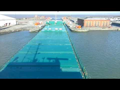 mv Arklow Bay . Port of Bristol . Avonmouth. 10 04 16