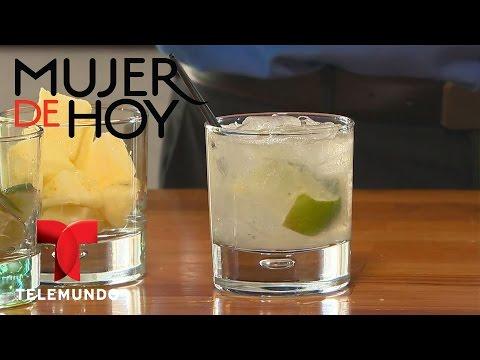 How to make a Pineapple-Lemongrass Caipirinha | Telemundo Mujer | Telemundo