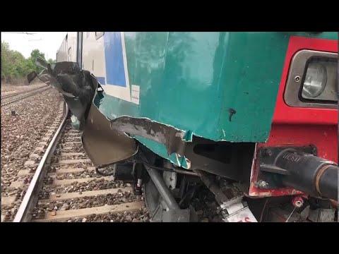 Treno deragliato nel Cuneese, un passeggero: 'La macchinista ci ha salvato la vita'
