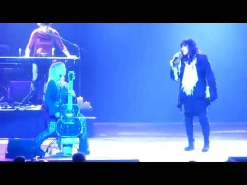 """Heart """"Heaven"""" Live Montreal June 14 2014"""