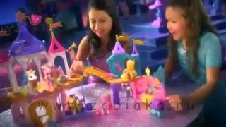Принцесса Твайлайт Спаркл на автомобиле, Королевский свадебный замок и Кристальный замок