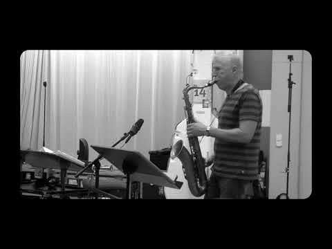 WDR BIG BAND WITH BOB MINTZER - HOME BASIE