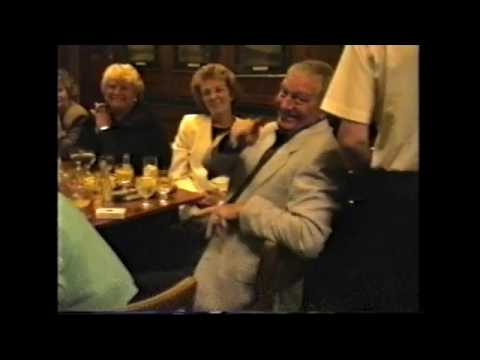 Pub Singalong at The George part 2 (Isle of Dogs, London)