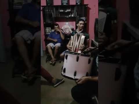 Sérgio e trio Paraíba whatsapp: 083 981420458 Quixaba PB, a cidade do quixabrega a terra da pimenta