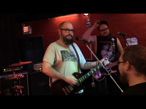 Dead Dads- Cafe Colonial, Sacramento Ca. 4/6/18 Canon HFG40 & Rode VPS Mic