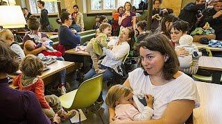 المجر: أمهات يقتحمن مطعم ماك دونالدس لإرضاع أبنائهن احتجاجاً على طرد امرأة ارضعت ابنها في المطعم   23-5-2015