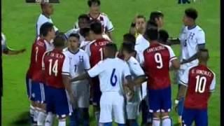TVC Paraguay/Honduras- Fuerte pelea entre Maynor Figueroa y Haedo Valdez los dejó a ambos expulsados