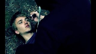 Hilflos - Kurzfilm über Mobbing