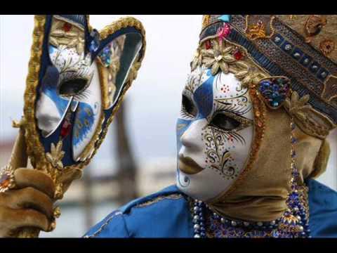 desfile de antifaces - Fernando Delgadillo mp3