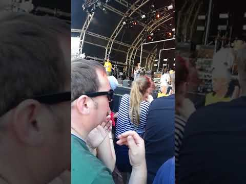 The Twang - Castlefield Bowl 2018 - Cloudy Room (with loads of bother) Shed Seven gig live