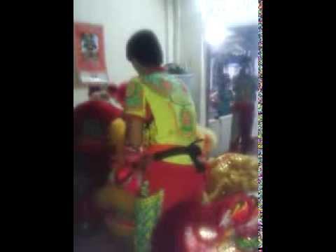Trung Thu Huế 2013 - Đoàn lân sư rồng Bạch Ngọc Đường _ Huế ( 0909309446 ) Khai Quang Điểm Nhãn